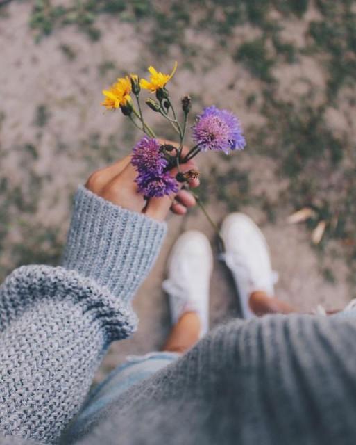 virágcipő